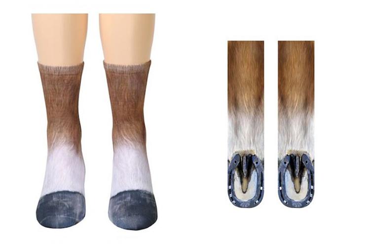 socks that look like dog paws